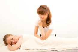 女性が輝けるセラピストの仕事について~セルフのマッサージから癒しを提供できる~