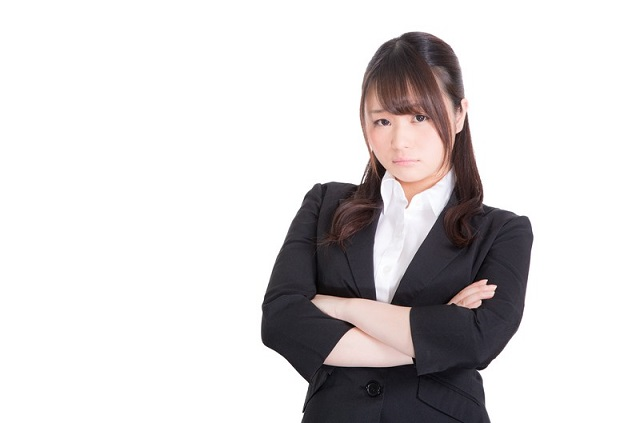 ストレスによる負担は精神面だけではない?~お肌への影響とは?~